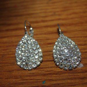 """Nwt: 14K white Gold Filled, CZ""""s Teardrop Earrings"""